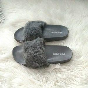 60821f213de Steve Madden. Steve Madden sz 8 gray fuzzy fluffy slippers
